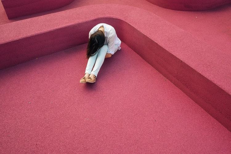Cum gestionăm trădarea? Pași către vindecare